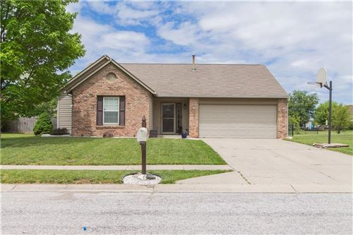 Photo of 8312 Eagles nest Drive, Avon, IN 46123 (MLS # 21715753)