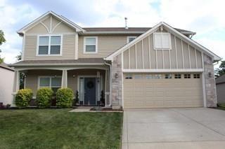 Photo of 1007 Heatherwood Drive, Greenwood, IN 46143 (MLS # 21719754)