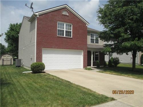 Photo of 1376 Fall Ridge Drive, Brownsburg, IN 46112 (MLS # 21721754)
