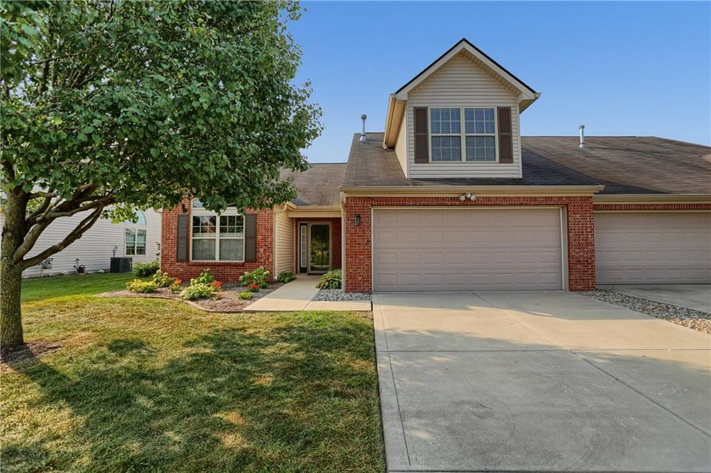 1243 Blakely Drive, Greenwood, IN 46143 - #: 21739756