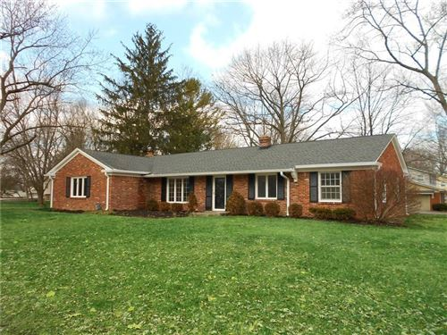 Photo of 5310 Hawthorne Circle, Indianapolis, IN 46250 (MLS # 21690759)