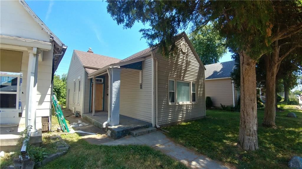 2105 South DELAWARE Street, Indianapolis, IN 46225 - #: 21710759