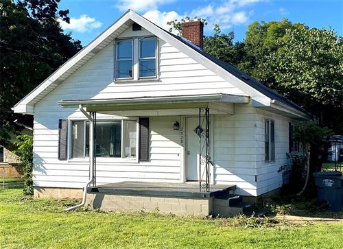 Photo of 2928 Mounds Road, Anderson, IN 46016 (MLS # 21812762)