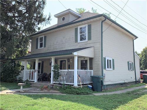 Photo of 117 W Chestnut Street, Crawfordsville, IN 47933 (MLS # 21813777)