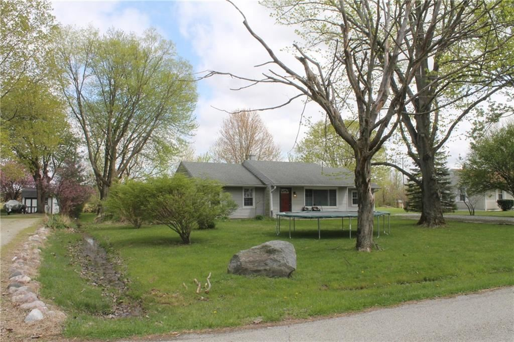 6061 Middle Drive, Indianapolis, IN 46235 - #: 21651778