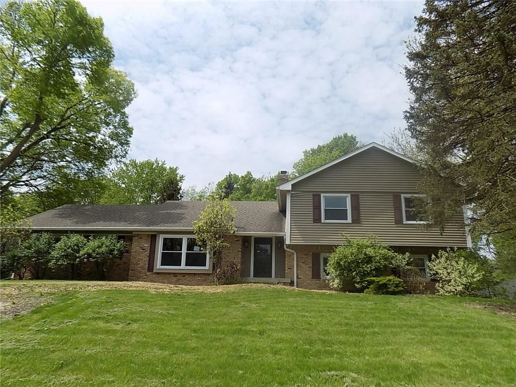 Photo of 11626 Forest, Carmel, IN 46033 (MLS # 21642780)