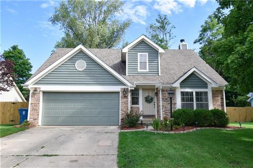 Photo of 2926 Sunmeadow Court, Indianapolis, IN 46228 (MLS # 21731782)