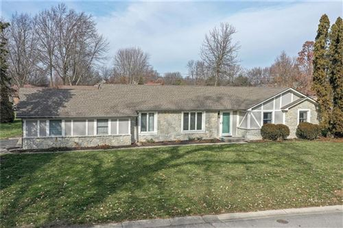 Photo of 8010 Warbler Way, Indianapolis, IN 46256 (MLS # 21760782)