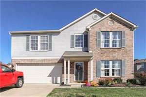 Photo of 5739 Woodland Trace, Indianapolis, IN 46237 (MLS # 21675792)