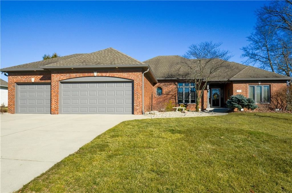 2667 Forest Hills Boulevard, Greenwood, IN 46143 - #: 21768792