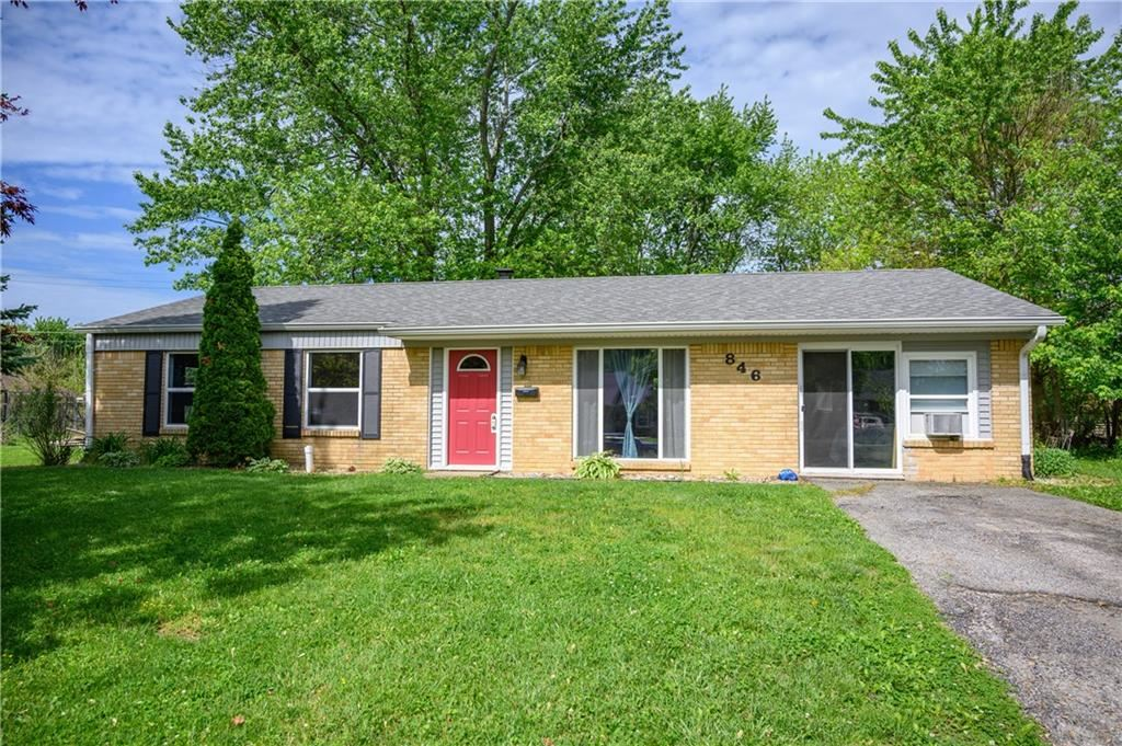 846 Middle Drive, Whiteland, IN 46184 - #: 21711805