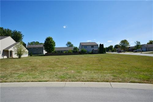 Photo of 1197 & 1199 Brittany Circle, Brownsburg, IN 46112 (MLS # 21739807)