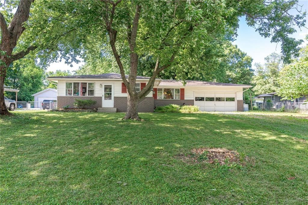 2915 Parr Drive, Indianapolis, IN 46220 - #: 21720808