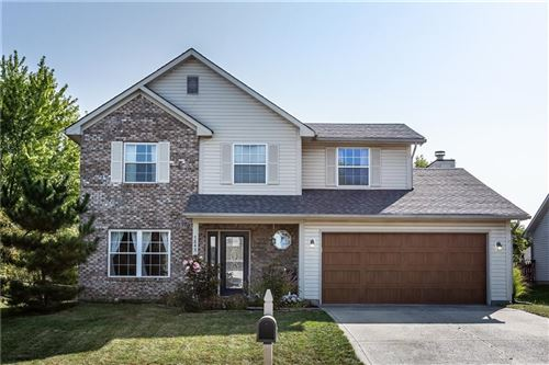 Photo of 7843 Almond Drive, Indianapolis, IN 46237 (MLS # 21739811)