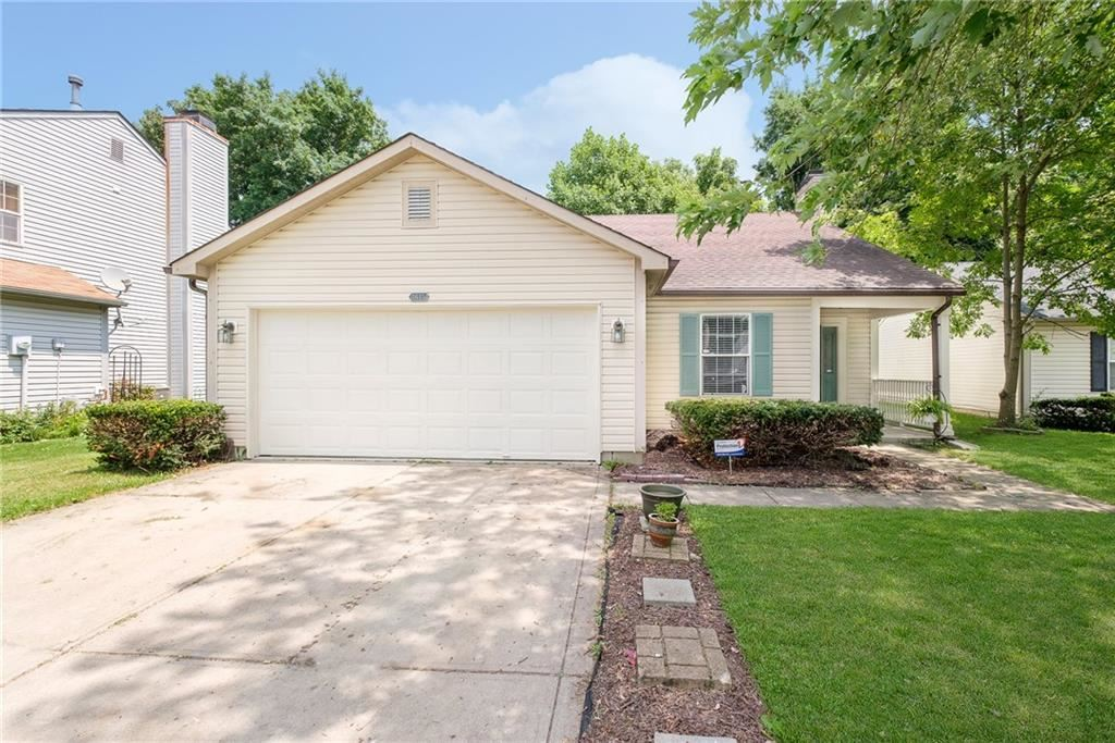 3615 Lacebark Drive, Indianapolis, IN 46235 - MLS#: 21801814