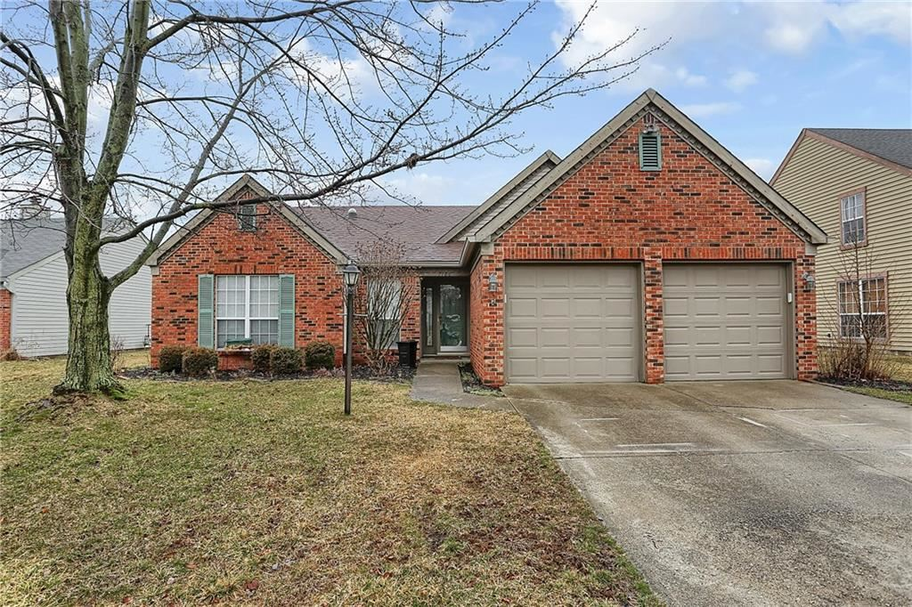 Photo of 7786 Jamestown Dr S, Fishers, IN 46038 (MLS # 21697820)