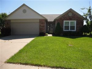 Photo of 481 Sable Chase, Brownsburg, IN 46112 (MLS # 21579821)