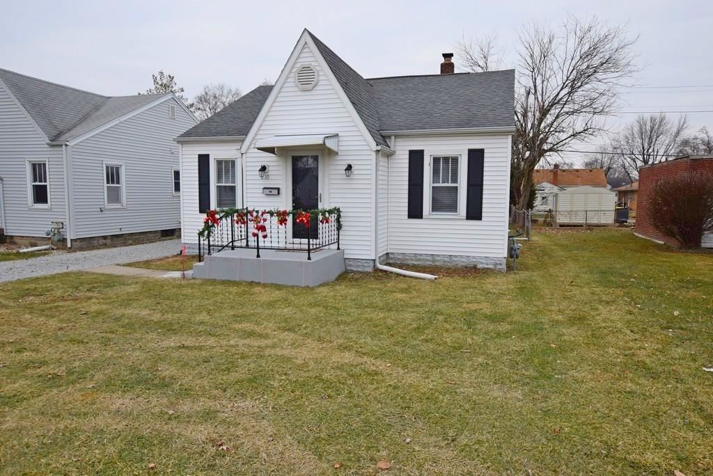 210 East 38th Street, Anderson, IN 46013 - #: 21685822