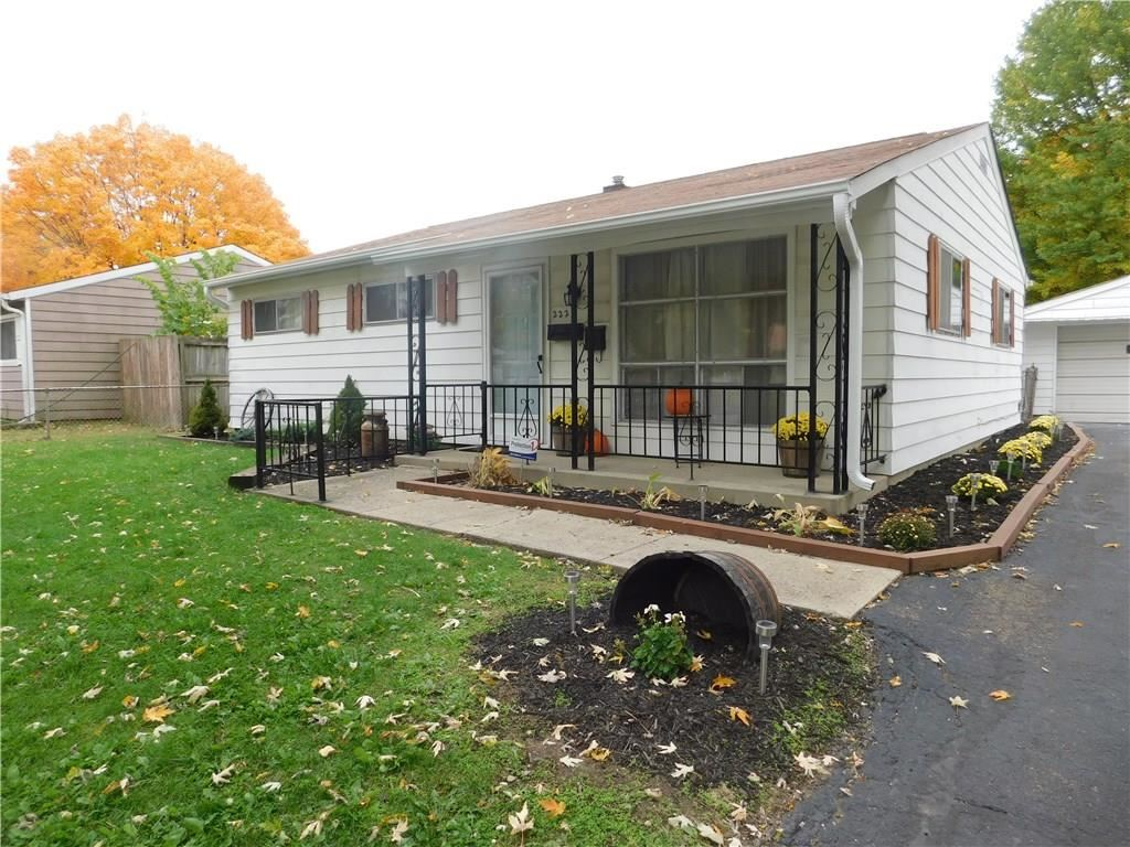 222 South KENMORE Road, Indianapolis, IN 46219 - #: 21748822