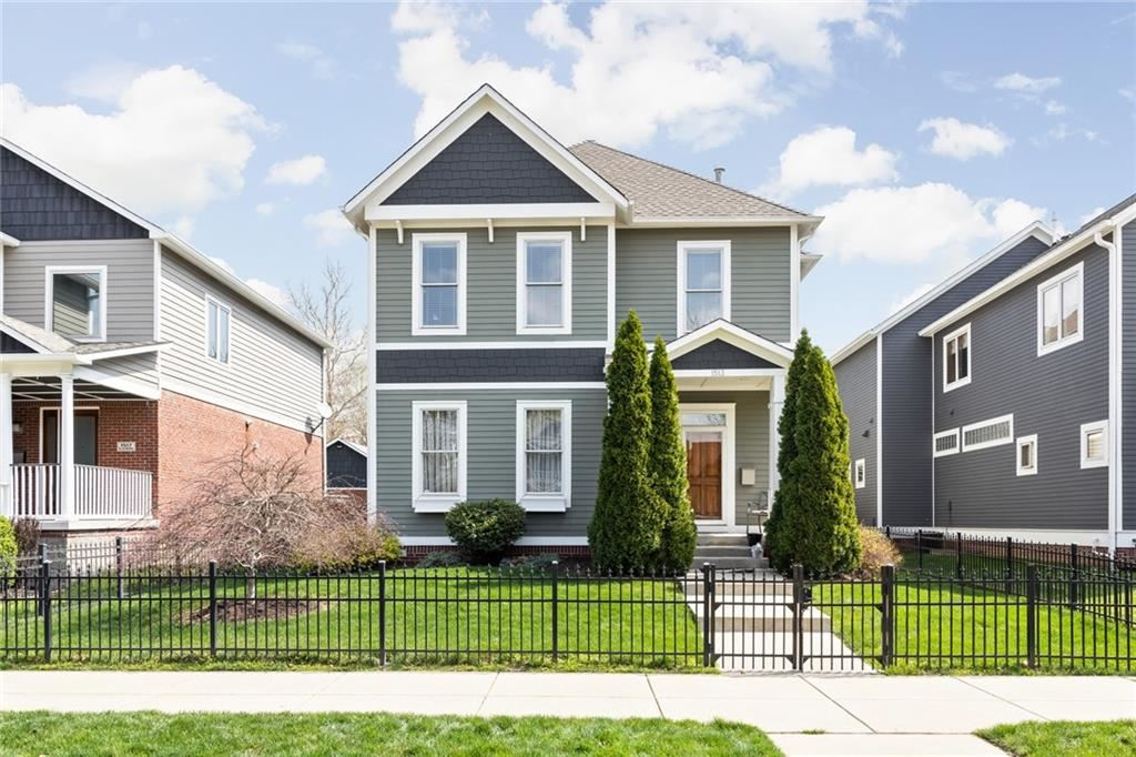 Photo of 1513 North Alabama Street, Indianapolis, IN 46202 (MLS # 21776824)