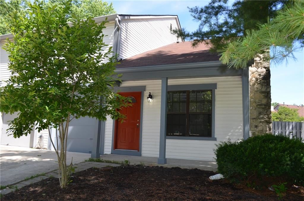 Photo for 3197 Valley Farms, Indianapolis, IN 46214 (MLS # 21646825)