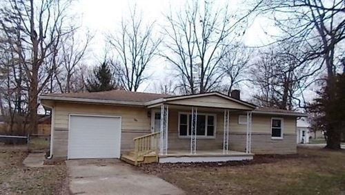 Photo of 509 East Broadway Avenue, Arcadia, IN 46030 (MLS # 21697827)