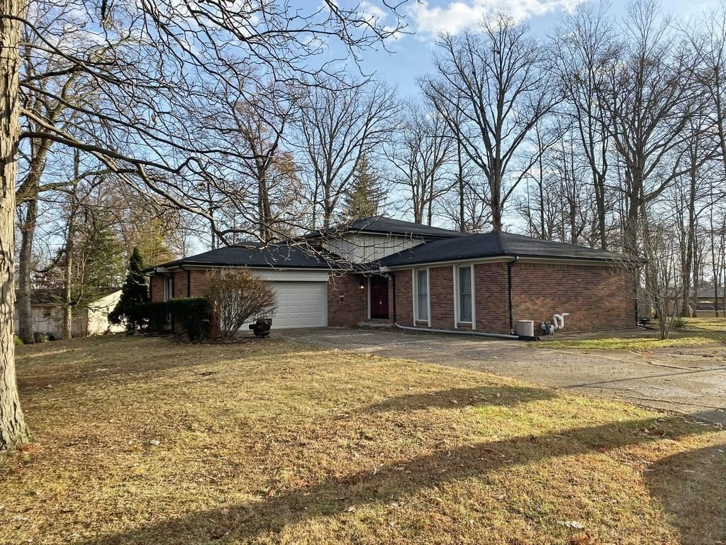 3628 Sleepy Hollow Lane, New Castle, IN 47362 - #: 21683827