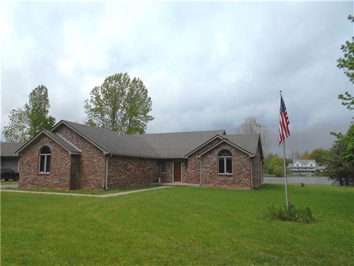 Photo of 2412 East County Road 800 S, Clayton, IN 46118 (MLS # 21710828)