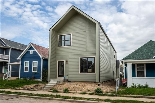 Photo of 402 East Caven Street, Indianapolis, IN 46225 (MLS # 21783829)