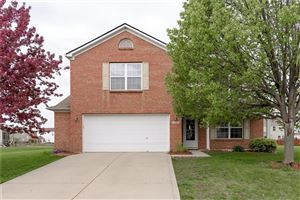 Photo of 660 Hanover, Brownsburg, IN 46112 (MLS # 21637830)