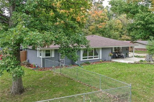 Photo of 3430 MANCHESTER Road, Anderson, IN 46012 (MLS # 21820830)
