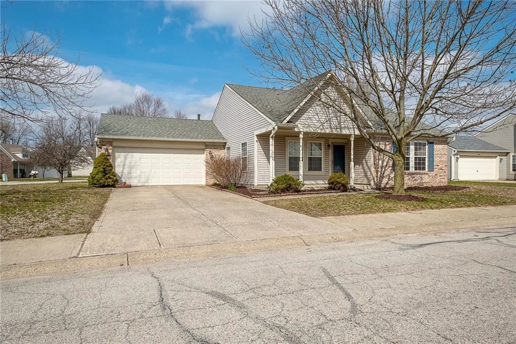 Photo of 8510 Lincoln Court, Fishers, IN 46038 (MLS # 21700830)
