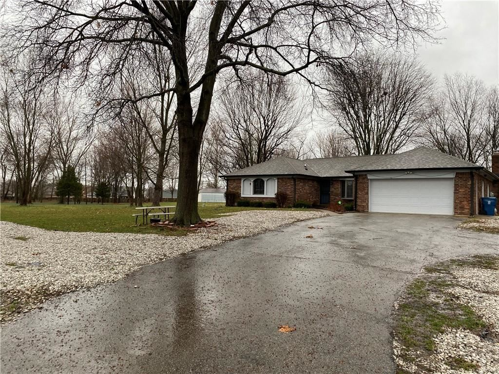 Photo of 604 West Stop 11 Road, Indianapolis, IN 46217 (MLS # 21771834)