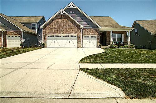 Photo of 1641 Devonshire Avenue, Avon, IN 46123 (MLS # 21723836)