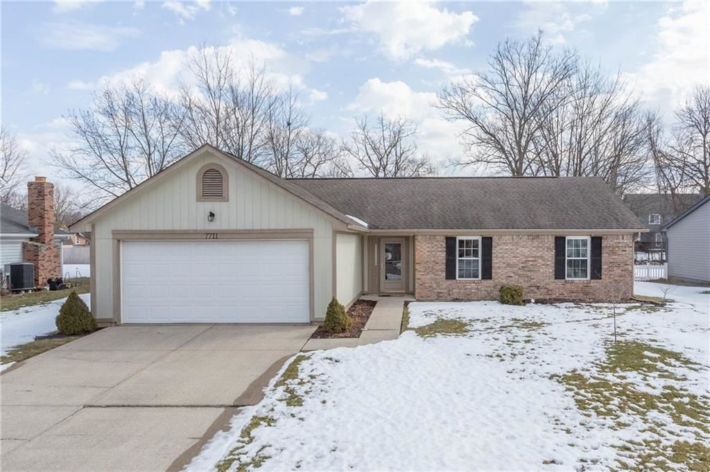 7711 Baywood S Drive, Indianapolis, IN 46236 - #: 21767837