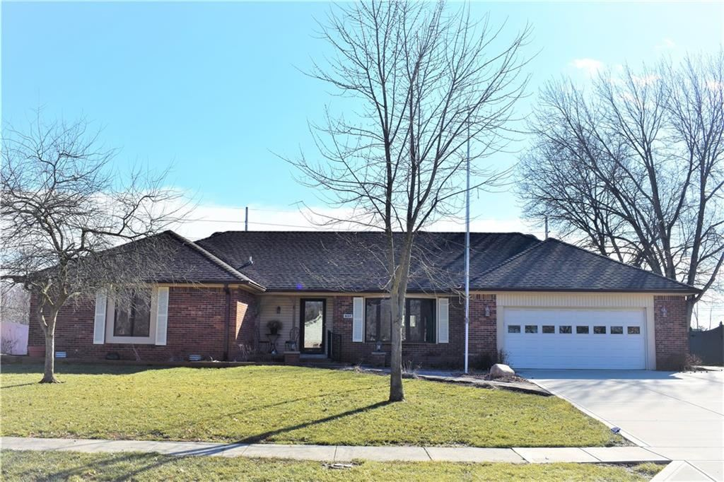 837 Ashbourne Court, Greenwood, IN 46142 - #: 21740841