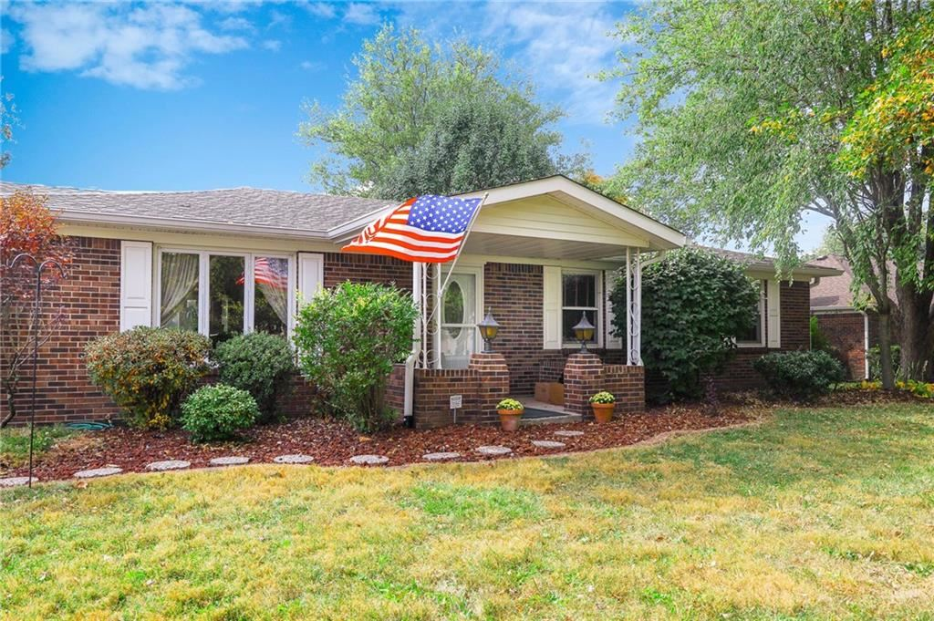 7629 East Stop 11 Road, Indianapolis, IN 46259 - #: 21742842