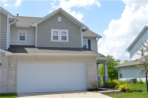 Photo of 204 CLEAR BRANCH Drive, Brownsburg, IN 46112 (MLS # 21711844)