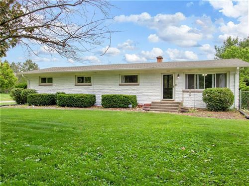 Photo of 1010 West Edgewood Avenue, Indianapolis, IN 46217 (MLS # 21788848)