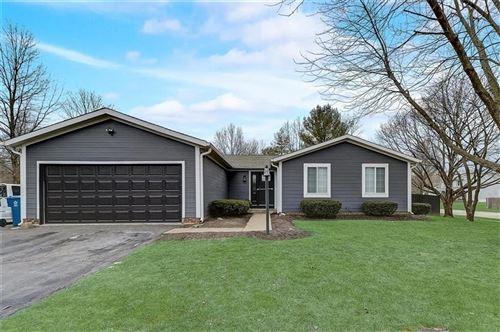 Photo of 11346 Wood Creek Drive, Carmel, IN 46033 (MLS # 21762850)