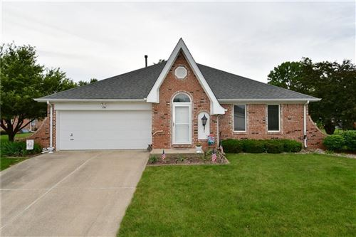 Photo of 136 Dover South Boulevard #48, Brownsburg, IN 46112 (MLS # 21787851)