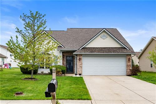 Photo of 974 Dorothy Drive, Greenfield, IN 46140 (MLS # 21783853)