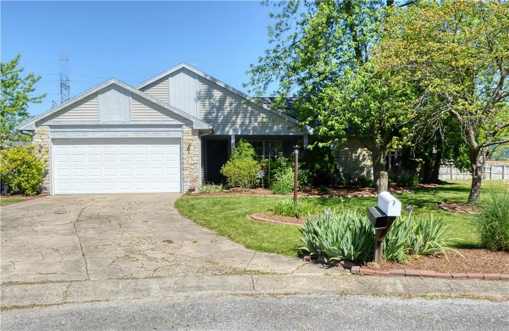 11123 Cherry Lake Court, Indianapolis, IN 46235 - #: 21714853