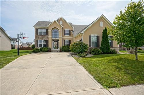 Photo of 8683 North Autumnview Drive, McCordsville, IN 46055 (MLS # 21730855)