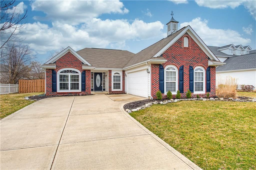 Photo of 13019 Brookdale Drive, Fishers, IN 46037 (MLS # 21699857)