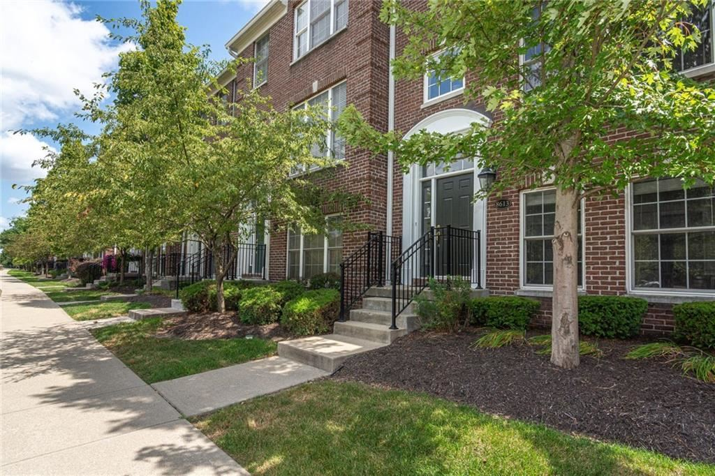 8613 North MERIDIAN Street, Indianapolis, IN 46260 - #: 21660865