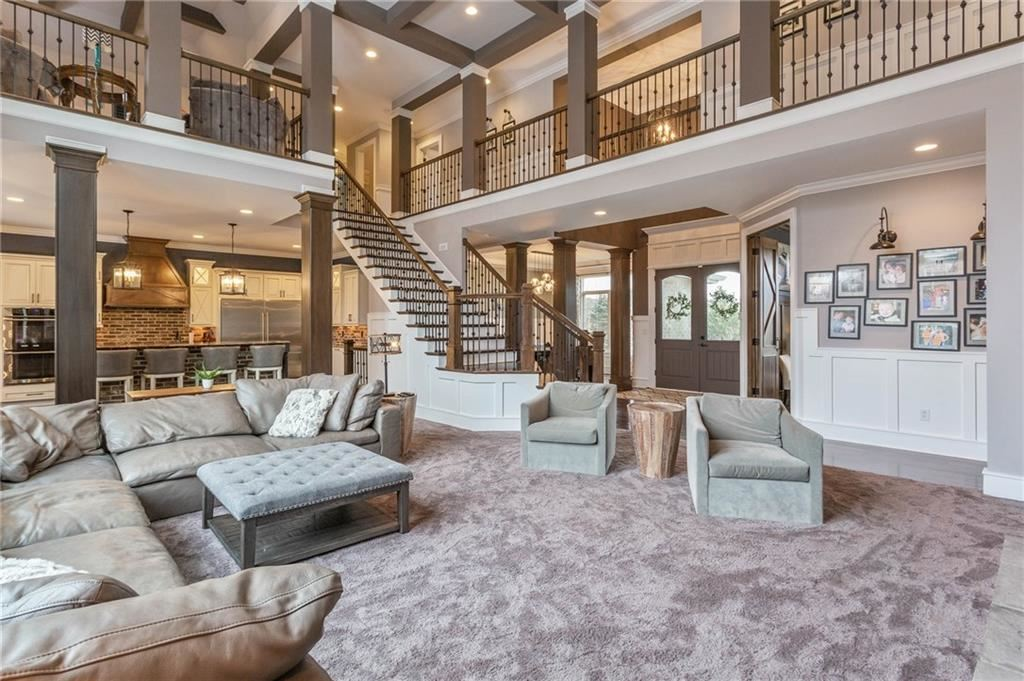 Photo of 10709 Club Chase, Fishers, IN 46037 (MLS # 21686866)