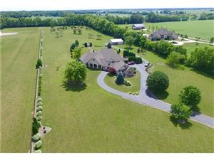 Photo of 393 South Nay, Greenwood, IN 46143 (MLS # 21628869)