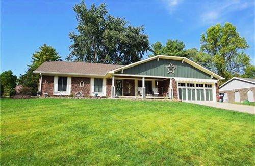 Photo of 520 Shady, Greenwood, IN 46142 (MLS # 21673873)