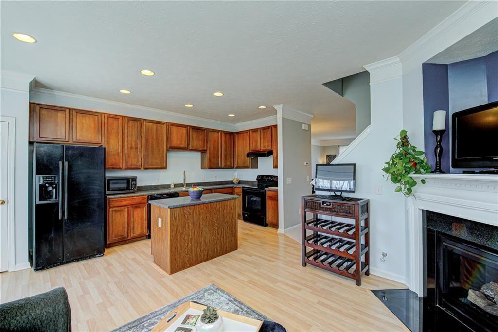 Photo of 892 Rosalind Place, Carmel, IN 46032 (MLS # 21748875)